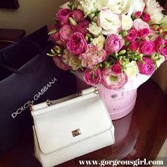 Dolce Gabbana handbags for impressive fashion statement. Right ladies ? #fashion A click away for more ->