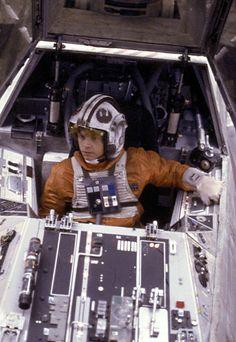 Nave Star Wars, Star Wars Art, Star Trek, Star Wars Characters, Star Wars Episodes, Starwars, X Wing Fighter, Star Wars Luke Skywalker, Star Wars Models