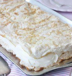 Chocolate and hazelnut cake - HQ Recipes Cookie Desserts, No Bake Desserts, Dessert Recipes, Mango Desserts, Grandma Cookies, Hazelnut Cake, Sandwich Cake, Swedish Recipes, Bread Baking