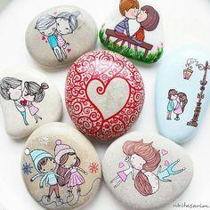 bugün sımsıkı sarılın sevdiklerinize.. sizin dokunmaya kıyamadıklarınızı katledebilen caniler var bu dünyada..onlara inat sevin,sevgiyi aşılayın. #maharetnet #beautiful_stones #mutluyumçünkü