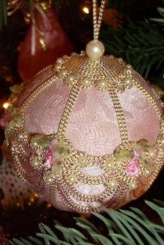 I love it!! pink victorian christmas tree | Pink Victorian Christmas Ornament