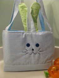 Perfect for #Easter egg hunting, this Bunny Whiskers tote is cute and easy to #sew!
