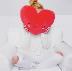 Podgrzewana poduszka-serce  #walentynki #prezentynawalentynki #prezentywalentynkowe #valentinesdaygift #valentinesday #valentinesgift #valentinesdaygiftideas #romantic #romanticgift