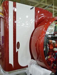 """Peterbilt 389 Paint Scheme Shop The 389 replaced the 379-127"""""""