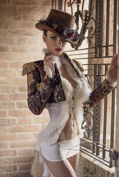 Steam up your Halloween with these steampunk costume ideas for women and men. Couture Steampunk, Moda Steampunk, Style Steampunk, Steampunk Clothing, Gothic Steampunk, Victorian Goth, Steampunk Design, Steampunk Cosplay, Hot Goth Girls