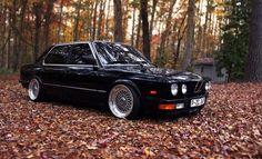 BMW E28...