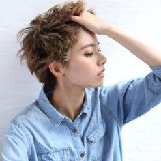 ショートヘアスタイル #ベリーショート メンズライク 透明感 外ハネ 外国人風 ラフウェーブ Hairsalon BREEN Tokyo