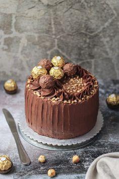 Ferrero Rocher torta - Mystic Cakes Ferrero Rocher, Chocolate Slice, Torte Recepti, Torte Cake, Yummy Food, Tasty, Homemade Cakes, Mystic, Cake Recipes
