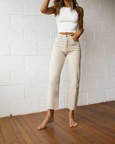 French Fashion, Look Fashion, Korean Fashion, 80s Fashion, Vintage Fashion, Fashion Today, Classy Fashion, Fashion 2020, Petite Fashion