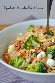 Spaghetti w/ Brocoli Healthy Salad Recipes, Veggie Recipes, Pasta Recipes, Diet Recipes, Vegetarian Recipes, Cooking Recipes, Cooking Time, Good Food, Yummy Food