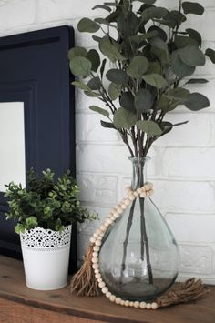 A Beautiful Blue & Green Mantel that Will Last all Summer / summer mantel decor / summer mantel decor / summer mantle / summer mantel / summer mantle decorating ideas / summer mantel decorating ideas / summer mantle ideas / summer mantel ideas / fire places / rustic / diy / color palettes / ideas / simple / decorations / farmhouse / spring