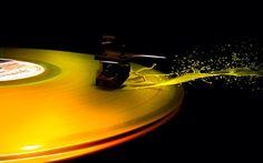 Yelow liquid vinyl