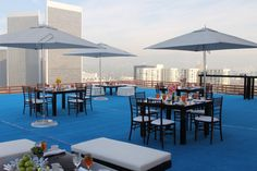 Who needs the red carpet treatment when blue looks so much better?   Rooftop helipad at InterContinental Los Angeles Century City Hotel
