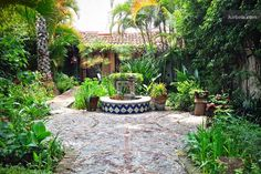 We need a long visit to this private Mexican hacienda. Please?