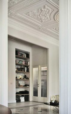 I have some more European chic interiors for you because I may be a bit obsessed. This time it ...