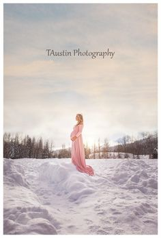 Winter Snow Maternity Photos TAustin Photography 9