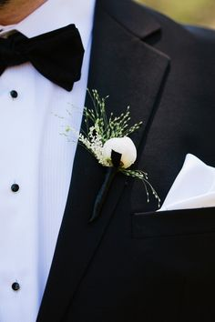 #Boutonniere - Love it! One of our favorite weddings. On SMP: http://www.StyleMePretty.com/california-weddings/bay-area/2013/01/02/bay-area-wedding-from-jerry-yoon-photography-soiree-by-simone-lennon-floral-theory/ Jerry Yoon Photography