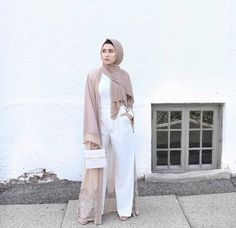 neutral open abaya-How to wear palazzo pants with hijab – Just Trendy Girls