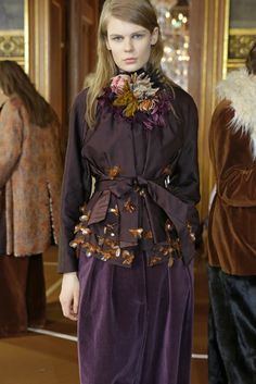 #Backstage at Dries Van Noten RTW Fall 2015 [Photo by Delphine Achard] #PFW