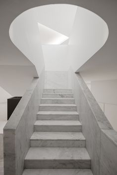 alvaro siza and eduardo souto de moura, international contemporary sculpture museum, and the renovation of the municipal museum abade pedrosa, located in the city of santo tirso, portugal. Interior Staircase, Staircase Design, Space Architecture, Contemporary Architecture, Sculpture Museum, Beautiful Stairs, Contemporary Sculpture, Portugal, Stair Railing