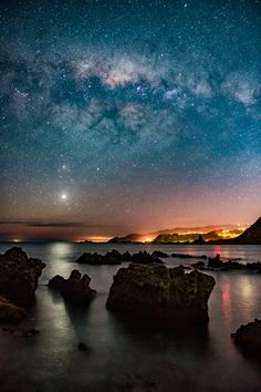 photo: Venus shines brilliantly in the western sky at night, with the Milky Way soaring above, in this view from Wellington's South Coast...  by Jonathan Usher Jonathan