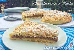 ★★★★☆  La sbriciolata cocco e nutella è una ricetta molto semplice; si prepara in fretta ed è un autentica ancora di salvataggio in caso di ospiti improvvisi.