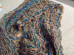Treasures Made From Yarn: Solomon Knot Mobius Scarf