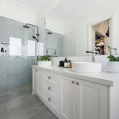 Amazing DIY Bathroom Ideas, Bathroom Decor, Bathroom Remodel and Bathroom Projects to aid inspire your bathroom dreams and goals. Ensuite Bathrooms, Bathroom Renos, Budget Bathroom, Laundry In Bathroom, Bathroom Flooring, Small Bathroom, Bathroom Ideas, Remodel Bathroom, Bathroom Organization