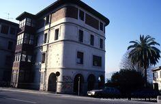 Edificio en Avenida Algorta (Foto: Joseba Geijo) (ref. JG003)
