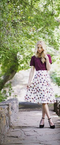 Floral Circle Skirt A modest, vintage, floral skirt. Paired in the second photo… Floral Circle Skirt A modest vintage floral skirt. Combined on the second photo with the burgundy scoop top. Modest Outfits, Modest Fashion, Cute Outfits, Fashion Outfits, Womens Fashion, Modest Clothing, Floral Fashion, Unique Fashion, Fashion News