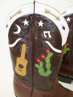 Killer Vintage Cowboy Boots with Cactus Steers and by wearitagain