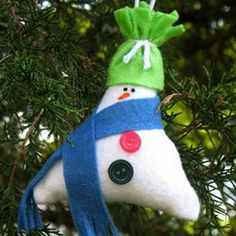 25 Insanely Easy-to-Make Holiday Ornaments
