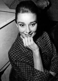 Audrey Hepburn's Granddaughter Covers Harper's Bazaar, Gives The World A Deja Vu
