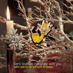 Ein kleiner, frecher Schutzengel möchte dich begleiten. Guardian GERTI wertet als Geschenkanhänger jedes Geschenk auf, dekoriert dein Zuhause, fährt als Schutzengel im Auto mit, schmückt deinen Christbaum, beschützt dich auf Reisen und vieles mehr … #schutzengel #geschenkanhänger #christbaumschmuck Christen, Christmas Ornaments, Holiday Decor, Guardian Angels, Christmas Tree Decorations, Decorating, Ad Home, Gifts, Christmas Jewelry