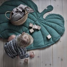 Nofred Leaf Blanket  Playmat, babymat, babyblanket, bedspread, juniorblanket