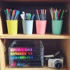 Imagem de school, pen, and book