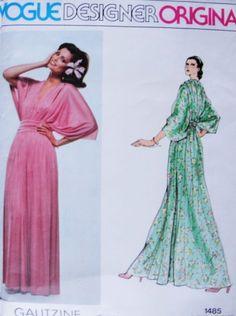 70s Beautiful Galitzine Evening Dress Pattern Plunging V Neckline Dolman Sleeves Disco Boho Gown Vogue Designer Original 1485 Vintage Sewing Pattern FACTORY FOLDED Bust 34
