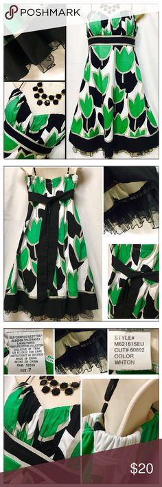 🆕MEANEOR Empire Waist green/white Floral 🎉dress MEANEOR Empire Waist with adjustable spaghetti strap green/white Floral party/casual. NWOT Sz 7 dress. Description in photo. Very versatile & can be dressed up or down for various occasions. Meaneor Dresses Strapless
