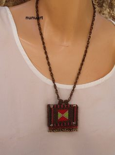 Yemenite prayer box jewelry made of seed beads