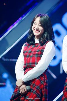Kim Se Jeong South Korean Girls, Korean Girl Groups, Kim Sejeong, Korean Artist, Ioi, Stage Outfits, Korean Actresses, Woman Crush, Korean Singer