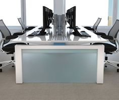 Colored End Panel #Innovant #OfficeDesign #office #interiordesign #furniture  Www.benharoffice
