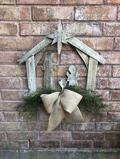 Nativity Set Wreath with Nativity Christmas Nativity Unique Christmas Decorations, Christmas Wood Crafts, Christmas Nativity, Christmas Design, Christmas Projects, Christmas Lights, Christmas Holidays, Christmas Wreaths, Christmas Ornaments