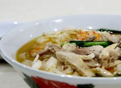 frozen wings: Ipoh Kai See Hor Fun / Chicken Kway Teow Soup ( 鸡丝河粉)