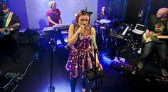 Miloopa powstała w 2001 roku we Wrocławiu i od początku związana była z nurtem tamtejszej jazzowej sceny klubowej, łącząc rozmaite gatunki muzyczne  * * * * * * www.polskieradio.pl YOU TUBE www.youtube.com/user/polskieradiopl FACEBOOK www.facebook.com/polskieradiopl?ref=hl INSTAGRAM www.instagram.com/polskieradio