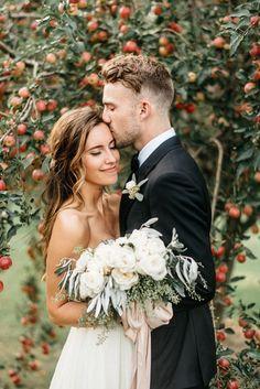 Romantic Farm Wedding in Minnesota - this is perfect.  So many ideas!