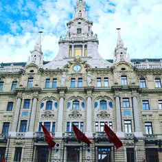 The most elegant hotel in Budapest #boscolo#hotels#boscolobudapesthotel#boscolobudapest#budapesthungary#bestinbudapest#greatexperience#summertime#visitbudapest#travel#travelchicandeasy