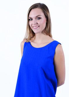 La robe Aïan de Lagerose à -50% ? 54,50€ au lieu de 109€, on dit oui !  https://dressingdumonde.com/boutique/femme/robe-aian-bleu-electrique/