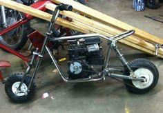 Mini Bike, Mini Motorbike, Bike Trails, Biking, Mini Chopper, Drift Trike, Motor Scooters, Container House Design, Karting