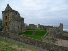 St Andrews Castle courtyard