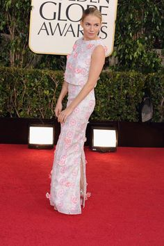 Sienna Miller shows her Brit roots in a lovely floral by Erdem.